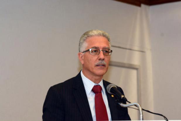 PAHO/WHO Representative, Dr. Godfrey Xuereb.